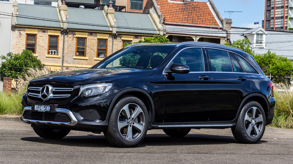 Image gallery mercedes glc for Pictures of mercedes benz suv