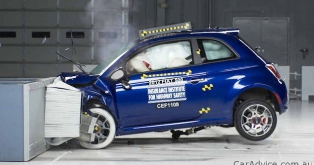 2012 fiat 500 earns iihs top safety pick in us. Black Bedroom Furniture Sets. Home Design Ideas