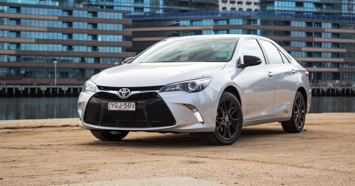 2017 toyota camry review and farewell cars news newslocker. Black Bedroom Furniture Sets. Home Design Ideas