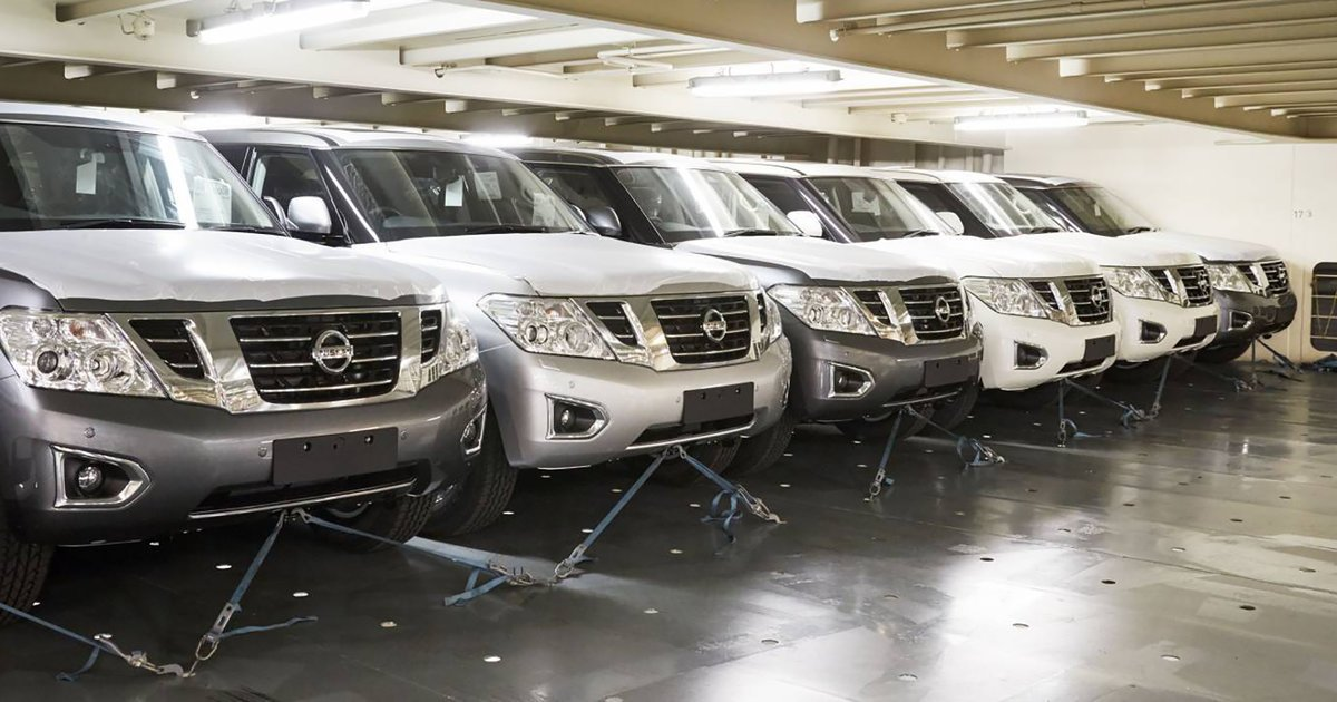 2018 Nissan Patrol Arrives In Australia With New Rear View Mirror Tech in addition 2018 Nissan Patrol Arrives In Australia With New Rear View Mirror Tech furthermore Nissan Patrol furthermore 2018 Nissan Patrol Arrives In Australia With New Rear View Mirror Tech likewise caradvice. on 2018 nissan patrol arrives in australia with new rear