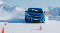 How does stability control work? ESC demonstration on ice