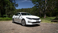 2016 Kia Optima Si Review