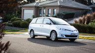 2016 Toyota Tarago GLi Review