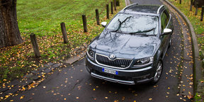 2016 Skoda Octavia Scout Review
