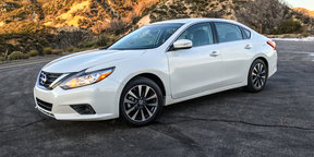 2016 Nissan Altima Review - Quick look