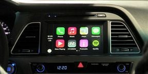 Apple CarPlay at NYIAS