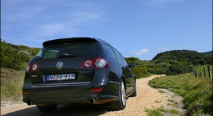 2008 Volkswagen Passat R36 Review