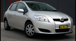 2009 Toyota Corolla Seca Review & Road Test