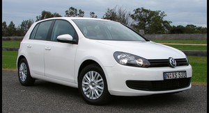 2009 Volkswagen Golf Review & Road Test