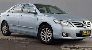 Toyota Camry Review & Road Test