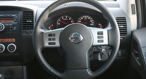 Nissan Navara ST-X 550 Review