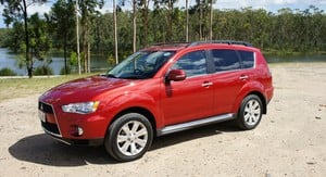 Mitsubishi Outlander VRX Review