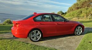 BMW 335i giá