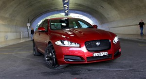 Jaguar XF 2.2D Review