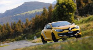 Renault Megane RS275 Trophy Review