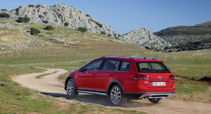 2016 Volkswagen Golf Alltrack review