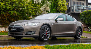 2015 Tesla Model S P85D Review