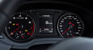 2015 Audi Q3 2.0 TFSI S tronic quattro Sport Review