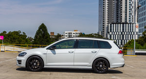 2016 Volkswagen Golf R Wagon Wolfsburg Edition Review
