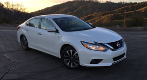2016 Nissan Altima SL Review:: US quick drive