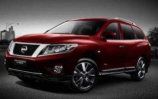 2015 nissan pathfinder ti hybrid review caradvice. Black Bedroom Furniture Sets. Home Design Ideas