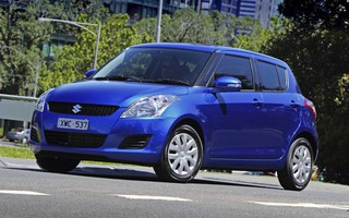 2013 SUZUKI SWIFT GA