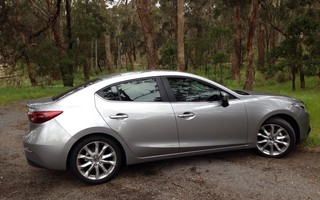 2014 Mazda 3 Sp25 GT Review
