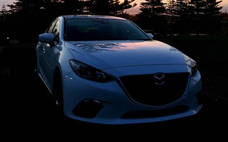 2014 Mazda 3 Neo Review