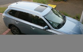2015 Mitsubishi Outlander Aspire Phev Hybrid Review