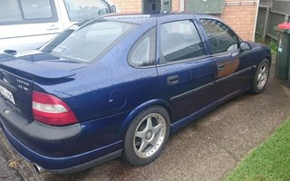1999 Holden Vectra Gl Review