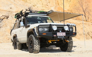 1989 Toyota Landcruiser Sahara (4x4) Review