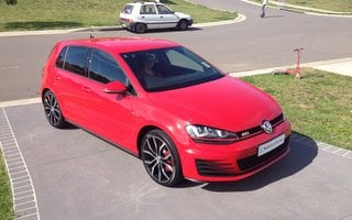 2014 Volkswagen Golf GTi Performance Review