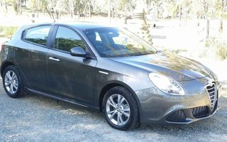 2014 Alfa Romeo Giulietta Progression JTD-M Review
