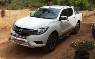 2016 Mazda BT-50 GT (4x4) Review