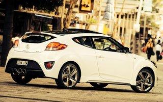 2014 Hyundai Veloster Sr Turbo Review