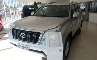 2014 Toyota LandCruiser Prado GXL (4x4) review