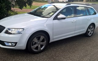 2015 Skoda Octavia 103 TSI Ambition Review