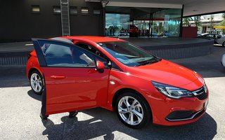2016 Holden Astra RS review