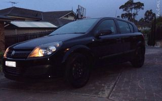 2005 Holden Astra Review
