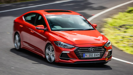 2017 Hyundai Elantra SR Review