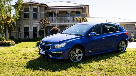 2016 Holden Cruze SRi Z-Series Hatch Review