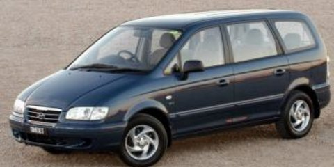 2004 HYUNDAI TRAJET V6 2.7 Review