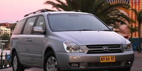 2007 Kia Grand Carnival (ex) Review