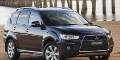 2010 MITSUBISHI OUTLANDER XLS LUXURY Review