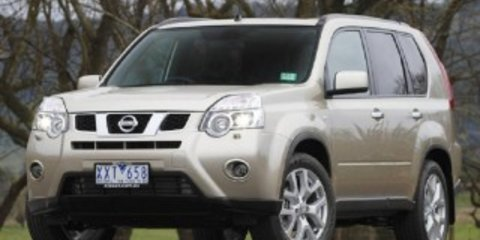 2011 NISSAN X-TRAIL ST Review
