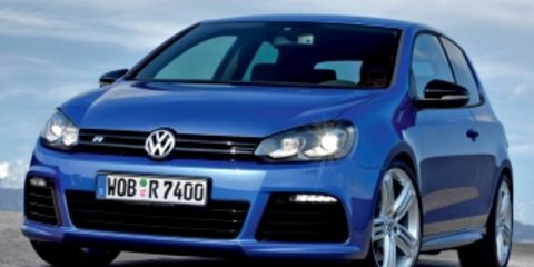 2011 VOLKSWAGEN GOLF Review