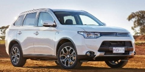 2014 mitsubishi outlander aspire phev hybrid review caradvice. Black Bedroom Furniture Sets. Home Design Ideas