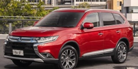 2015 Mitsubishi Outlander LS (4x2) Review Review