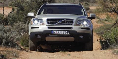 Volvo XC90 V8 and D5 Review