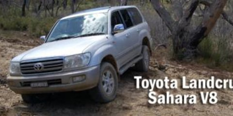 2006 Toyota Landcruiser LC100 Sahara V8 Road Test